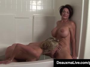 Texas Mommy Deauxma Licks Some Pussy..