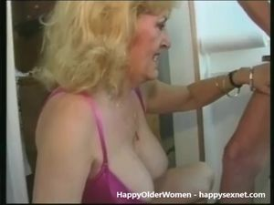 Two pervert grannies pee douche together
