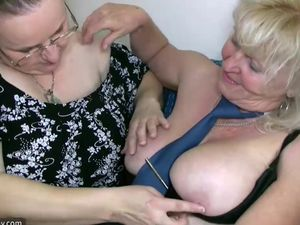 Big fat woman masturbates and licking..