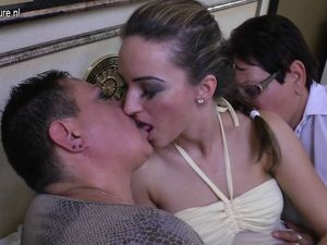 Two mature aunties fuck sexy young girl