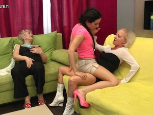 Old and Young lesbian threesome